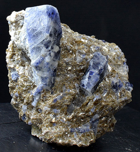 Blue Sapphire on Matrix from Afghanistan – Emerging Media